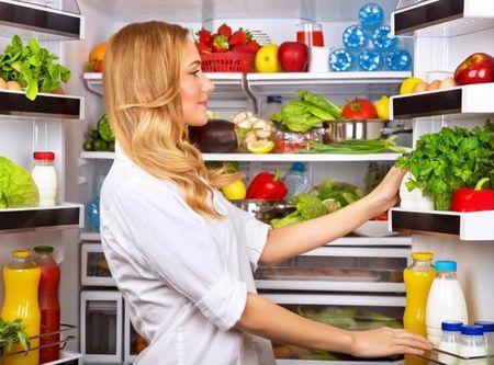 Причины, почему холодильник включается и выключается
