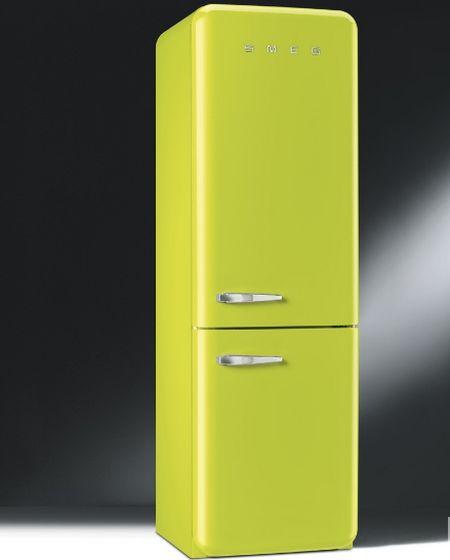 Отдельностоящий холодильник SMEG