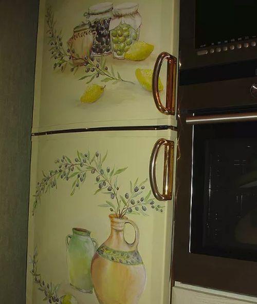 Холодильник с декупажем в стиле прованс