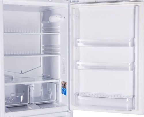 Пустой холодильник