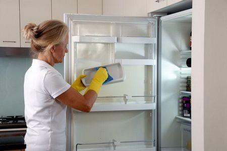 Как быстро разморозить морозилку в холодильнике