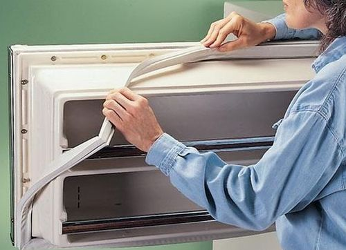 Замена резинки дверей холодильника