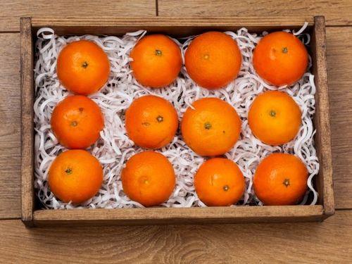 Ящик с мандаринами